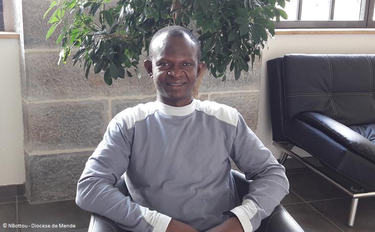 Copyright NBottou - Diocèse de Mende - Père Jean Ollo Kansié, prêtre pour les enfants des rues
